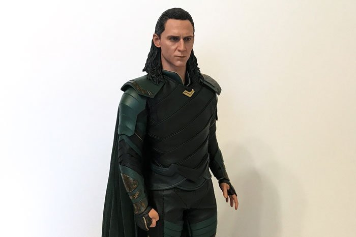 Hot Toys Loki Side View.