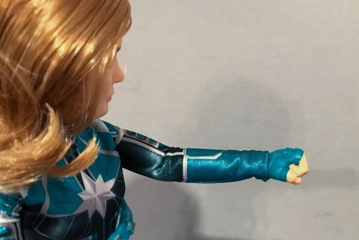 The Captain Marvel Starforce doll's hands are in a permanent fist.