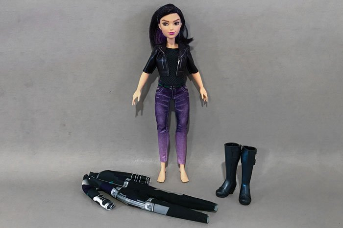 Doll Review: Meet Daisy Johnson (aka Quake) from Marvel Rising: Secret Warriors!