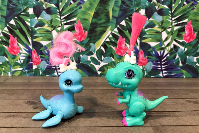 Dino Baby Crystals: T-Rex and Plesiosaurus.