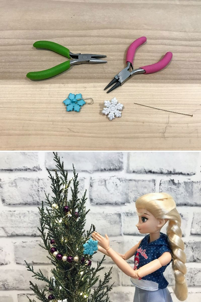 Use buttons to make ornaments for your doll's Christmas tree,