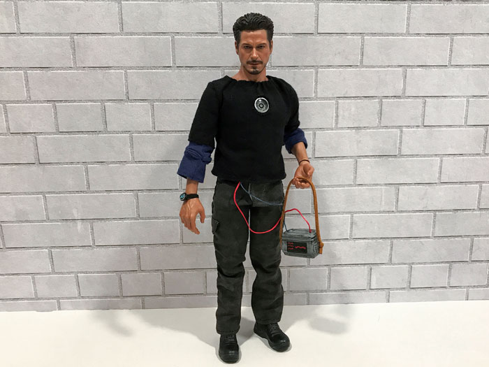 1:6 scale props for my Hot Toys Tony Stark.