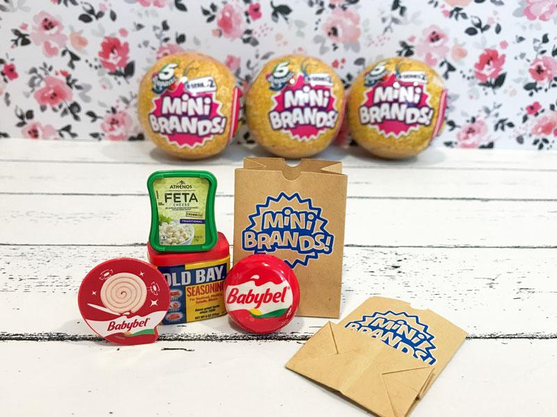 5 Surprise Mini Brands Series 2.