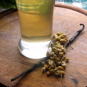 Recipe Box: Vanilla Bean Chamomile Mead