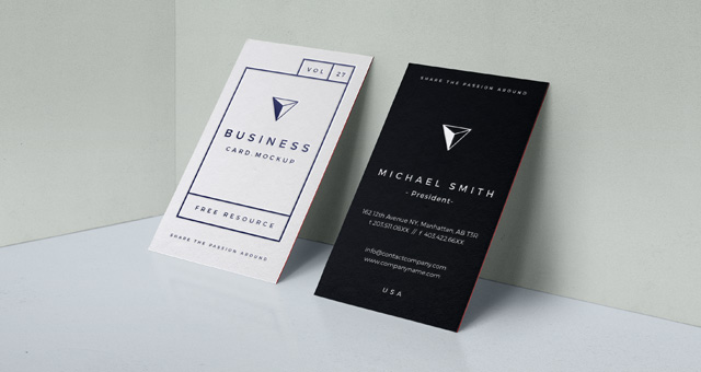 004-business-card-cardboard-mockup-presentation-wall-free-psd