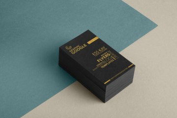 Free Golden Business Card PSD Mockup