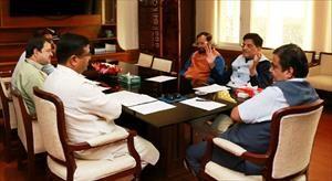 4-had-meeting-on-electric-vehicle-with-shri-nitin-gadkariji-shri-prakash-javdekarji-shri-dharmendra-pradhan