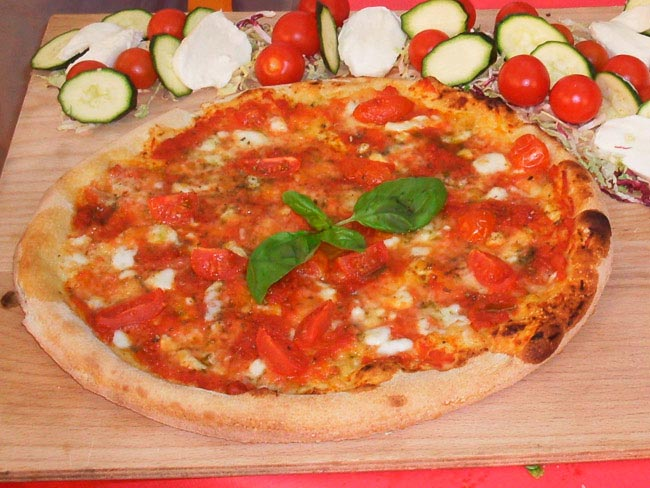 Pizza Planet – margherita premium