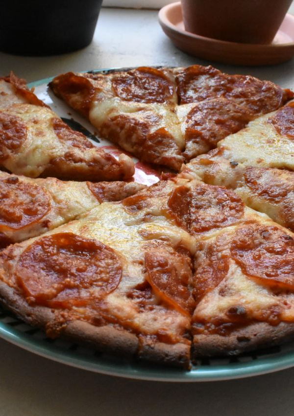 Marathon Training Cravings – Papa John's Gluten-Free Crust Pizza