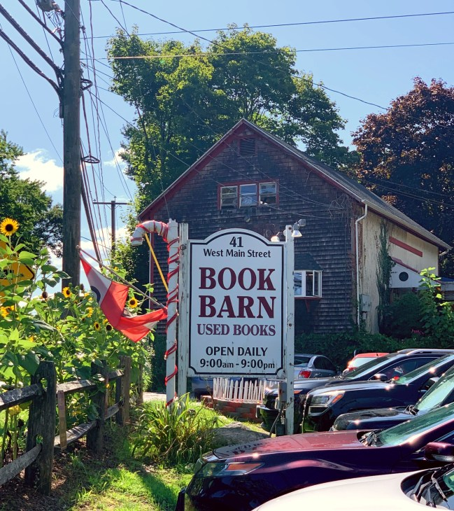 book barn niantic