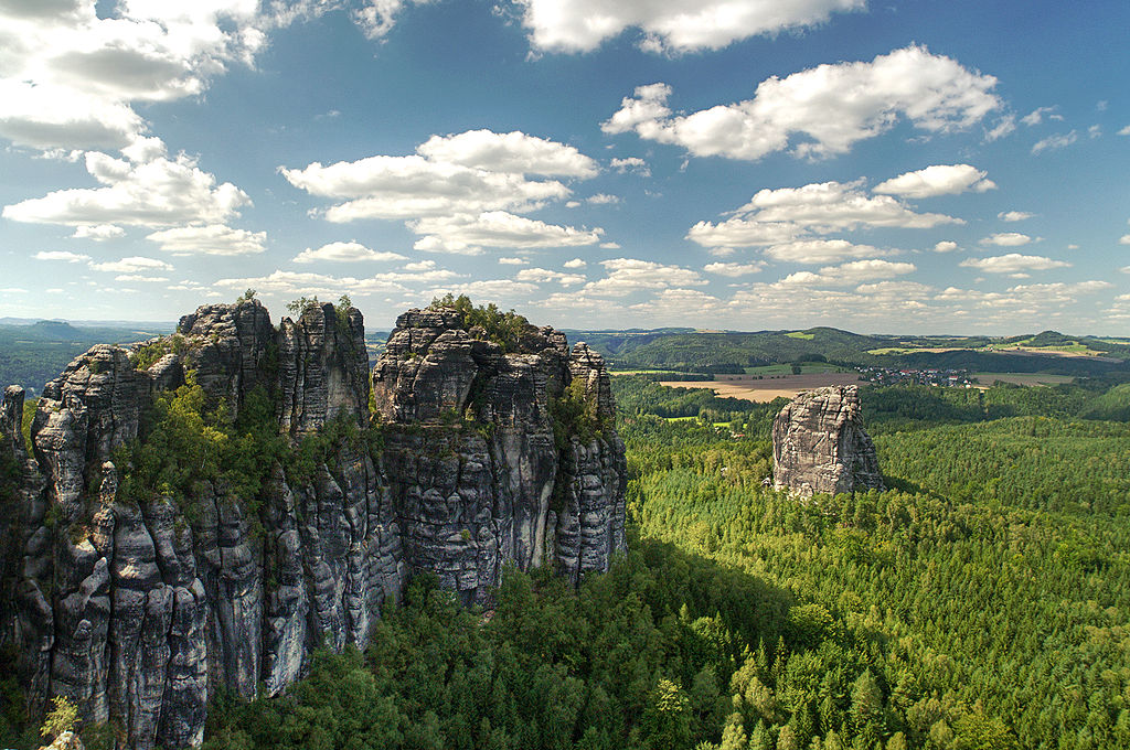 Seven Natural Wonders of Germany to Visit After Eating at