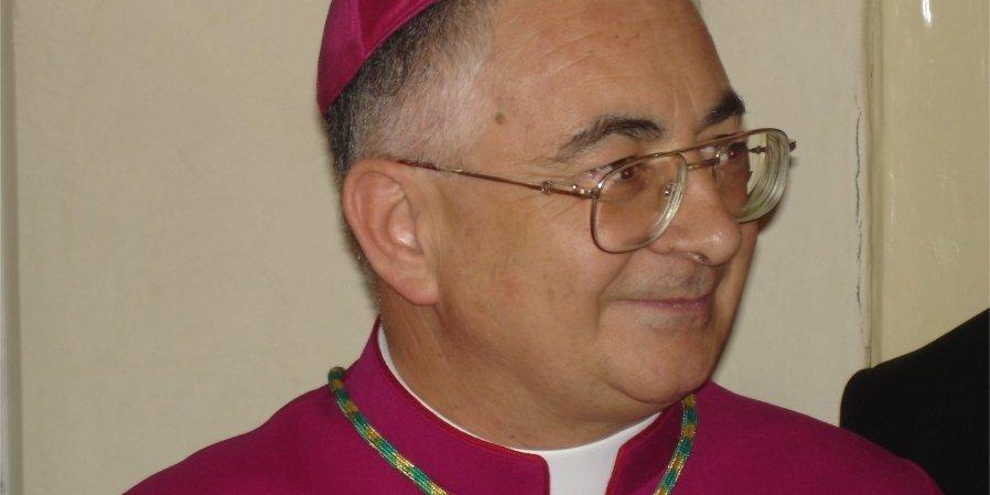 """20140128 PIZZO Il vescovo monsignor Renzo in città: """"Sulla processione non si torna indietro""""."""