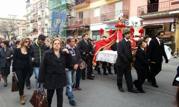 Pizzo 17 aprile 2014. Per la prima volta nella secolare storia della Processione degli Angelej il Prefetto non ha autorizzato la Partecipazione dei Carabinieri e delle altre forze armate.