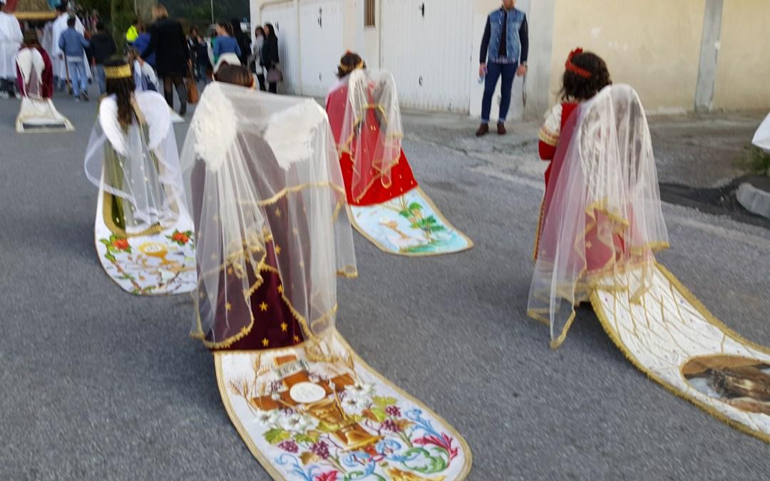 Pizzo.14/4/2017.Sabato Santo. Processione degli Angeleji