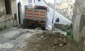 Lavori sulla pavimentazione e sulle reti del Comune in Via San Sebastiano