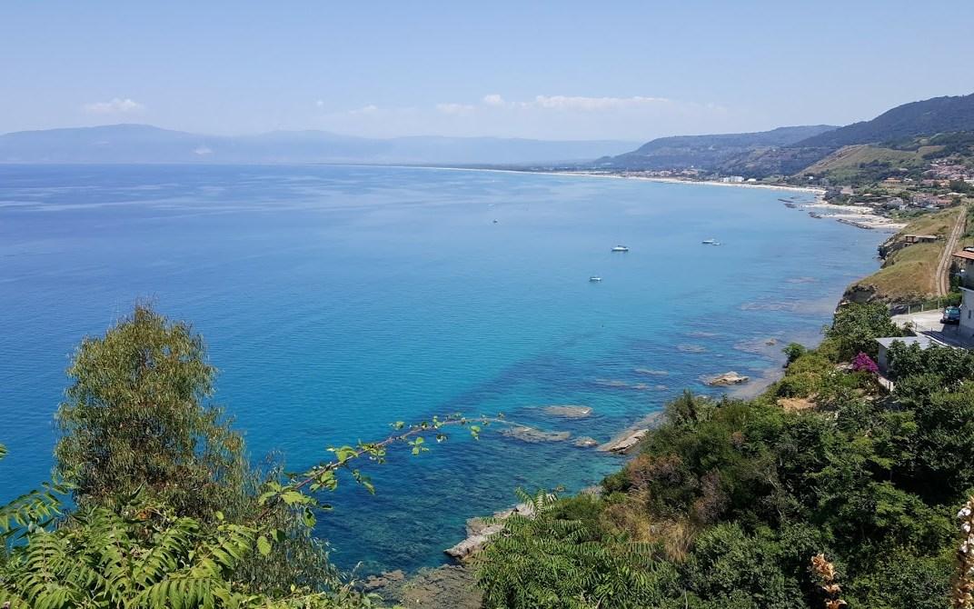 """9/7/2017 """"Chiare, fresche e dolci acquee"""" – Il mare di Pizzo OGGI"""