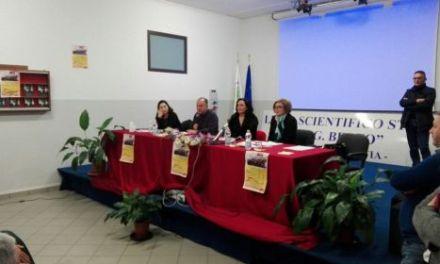 """Gratteri agli studenti: """"A Vibo c'è una 'ndrangheta di Serie A, ma dovete credere in noi"""""""