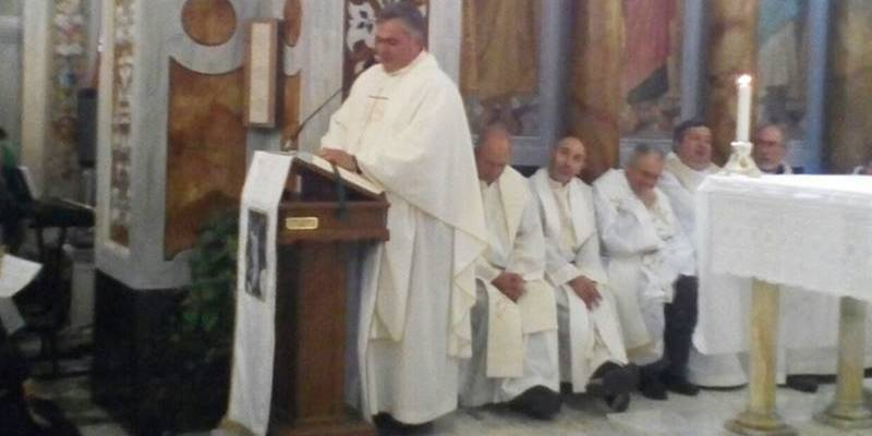 Pizzo in festa per i 25 anni di sacerdozio di don Salvatore Santaguida