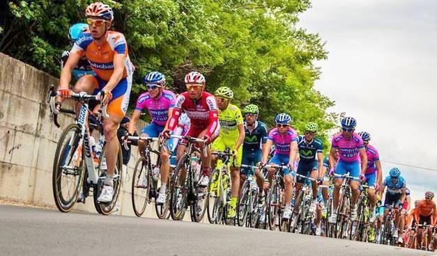 Giro d'Italia in Calabria, partito il conto alla rovescia verso la tappa Pizzo-Praia a Mare