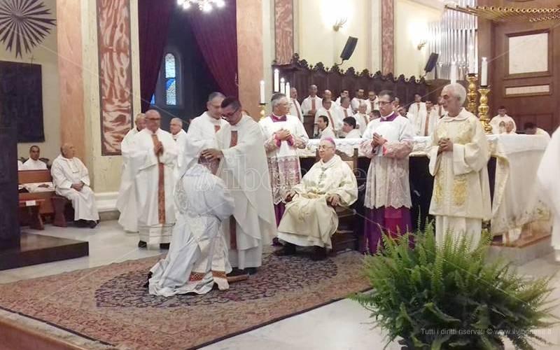 La diocesi di Mileto ha un nuovo sacerdote, ordinazione presbiterale per don Giuseppe Pileci