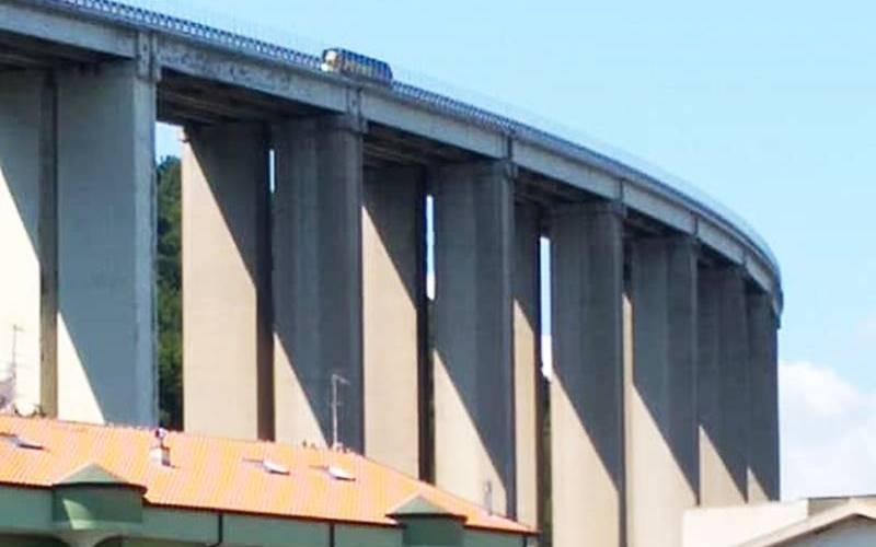 """Anche Pizzo ha il suo """"Morandi"""": il viadotto autostradale che agita i sonni dei residenti"""