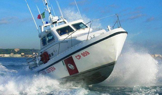Giallo a largo della costa vibonese, diportista trova cadavere in mare – Zoom24