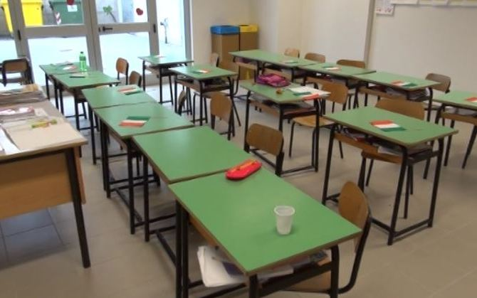 Gli studenti tornano a scuola ma manca certificato di agibilità nel 90% dei plessi – Zoom24