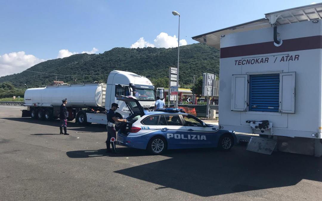 Controlli della Polstrada all'area di sosta di Pizzo, fermate 15 autocisterne e registrate 41 violazioni – Zoom24