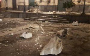 Etna, forte scossa di terremoto nella notte a Catania: paura e gente in strada, crolli e feriti [FOTO LIVE]