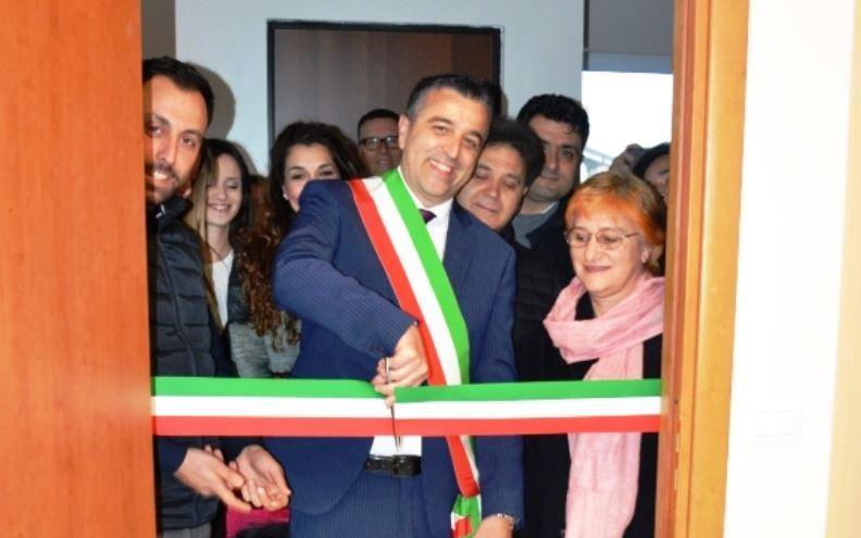Zambrone, inaugurata la biblioteca comunale nel ricordo di Salvatore L'Andolina