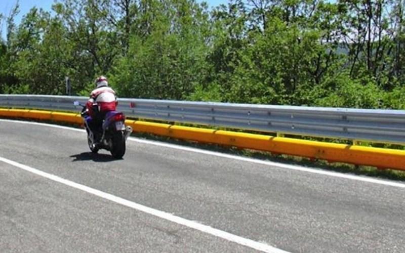 Nuove barriere salva motociclisti sull'autostrada fra Pizzo e Sant'Onofrio