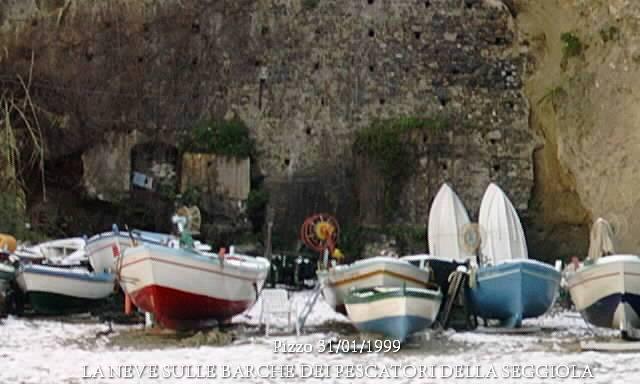 Pizzo 31/01/1999 – LA GRANDE NEVICATA – La Seggiola (Foto di G. Pagnotta)