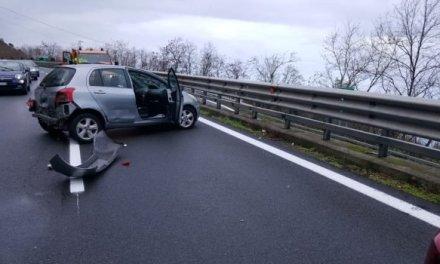 Incidente a Pizzo sull'autostrada del Mediterraneo, macchina fuoristrada: traffico rallentato