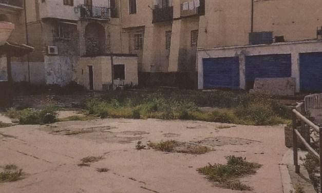 Piazzetta mercato tornera' alle origini. Parco giochi bocciato