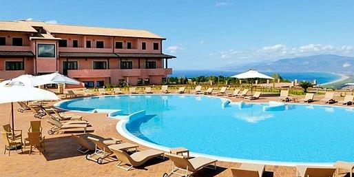 Il Popilia Resort del Gruppo Callipo assume nuovo personale –