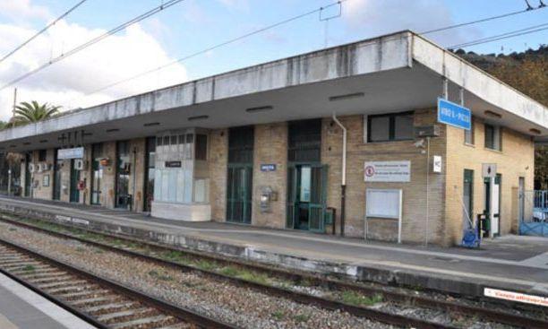 Stazione Vibo-Pizzo, la biglietteria non chiude e nuove corse Alta velocità