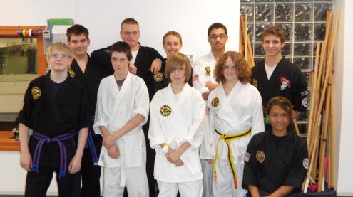 picture of teenagers taking karate and self defense in pittsburgh pa