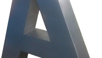 Letras de aluminio
