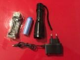 Test de la lampe de poche OxyLED de 500 lumens avec batterie lithium-ion