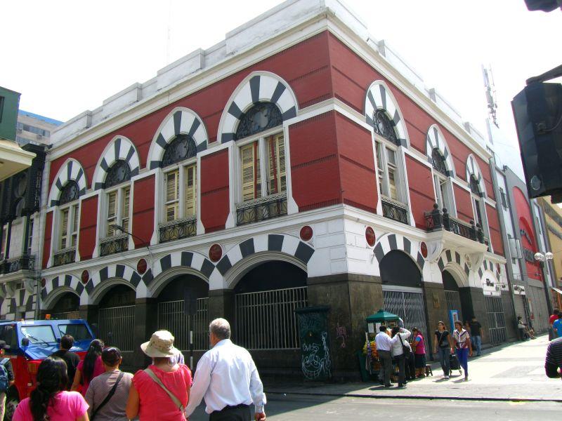 Paseos Históricos por Lima