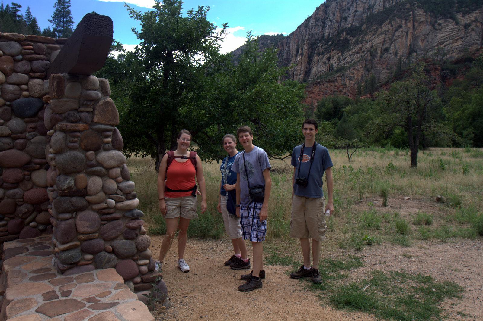 best-hike-in-sedona-west-fork-trail