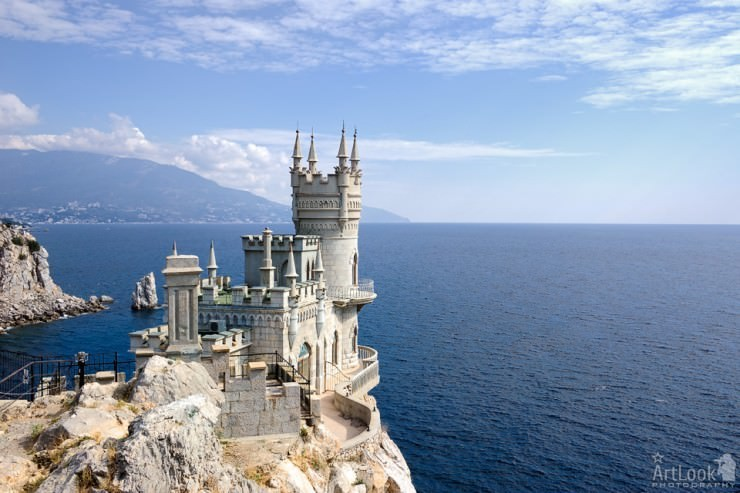 Top 10 Incredible European Castles Places To See In Your