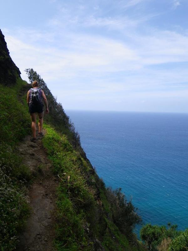 Spine-tingling Hawaii' Dangerous Hiking Trail