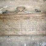 lapide fontana lupa wikipedia