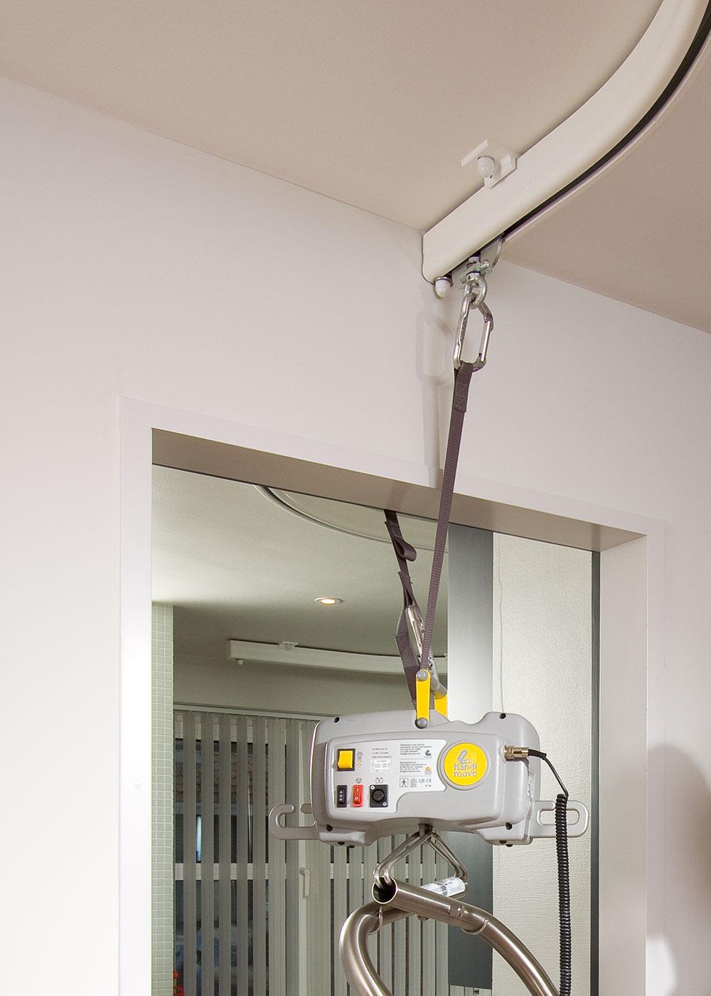 Draagbare tarzan plafondlift HM2545  Tiltechniek Waalwijk