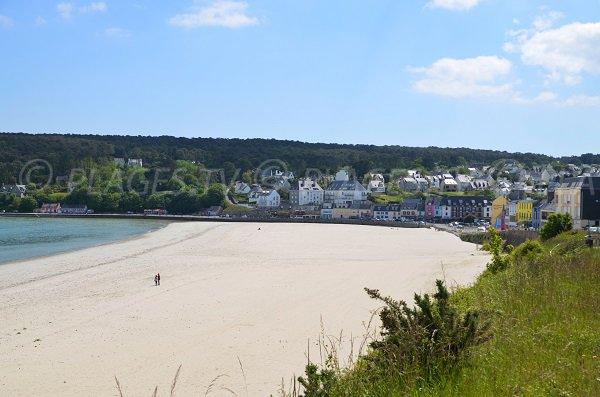 Morgat Beach In Crozon Finistre France Plagestv