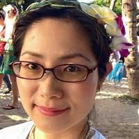 Nadia Lee author
