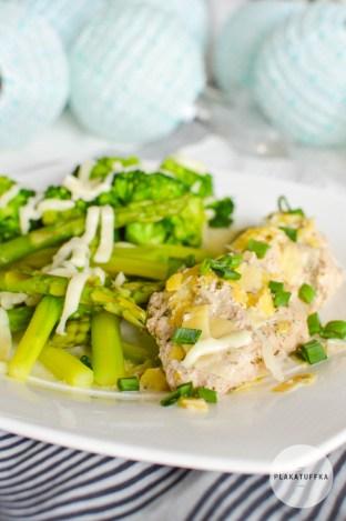Polędwiczki wieprzowe w sosie porowym z zielonymi warzywami (3)