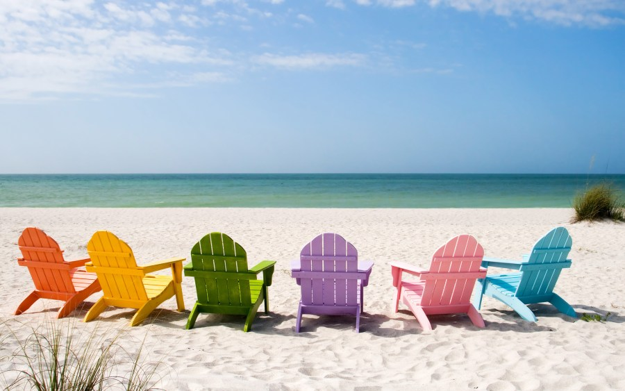 decor-beach-chairs-on-the-beach-with-one-two-and-three-bedroom-rentals