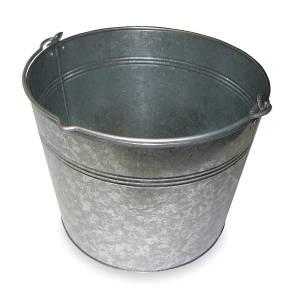 five gallon bucket for egg washing